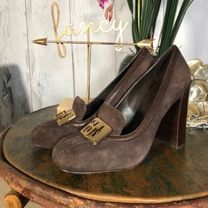 Tory Burch Brown Suede Howie Pump Heels Sz 8.5 EUC